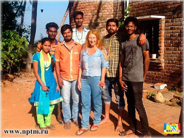 Индийская команда Марии Карпинской на Юге Индии. Фото Нового планетарного телевидения М