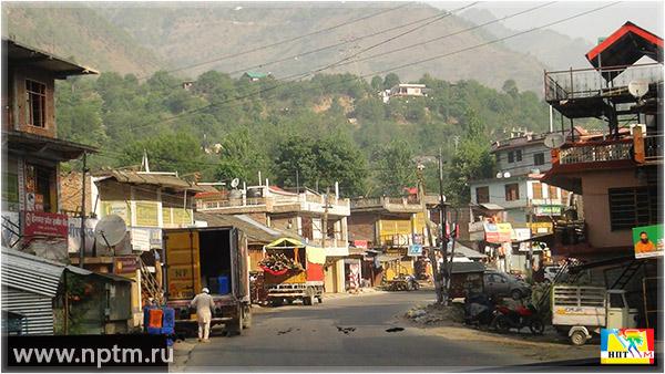 Путешествие по Индии Марии Карпинской 2018. Красивая дорога из Дели в Гималаи. Фоторепортаж студии Марии Карпинской