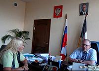 Мария Карпинская берет интервью у Кургузкина Михаила Георгиевича