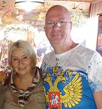 Мария Карпинская берет интервью у Криса Романа