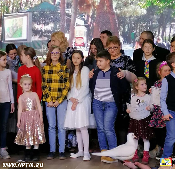 Церемония награждения участников Международных выставок детского рисунка - 2019. Проект Марии Карпинской Мир глазами детей