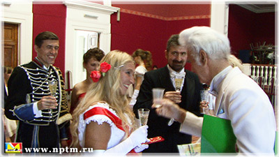 Мария Карпинская и Анатолий Мазалов на балу